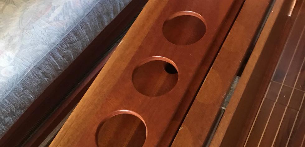 Excel 319 Salon Tisch 02.JPG