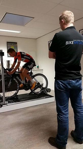 Jacques Peeters tijdens een Bike fit