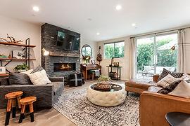 005-photo-living-room-6948660.jpg