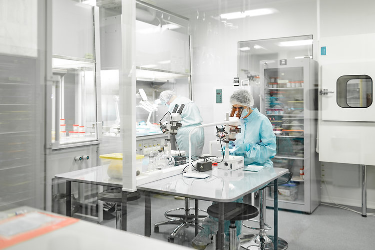 laboratory-production-biomaterials-peopl