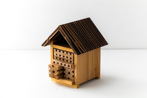 獨居蜂小公寓