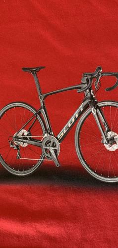 Bicicleta Impresa en Playera Roja