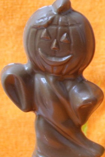 Chocolate pumpkin ghost