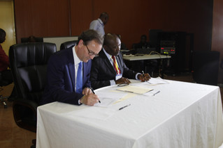 Sierra Leone becomes the first country participating in the UK's Energy Africa campaign to sign