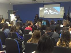 Georgette Vidor participa de evento em universidade
