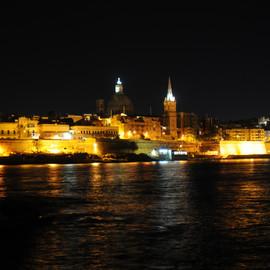 Independent Swedish Escort Gothenburg.  Escort in Malta - Fly me to you