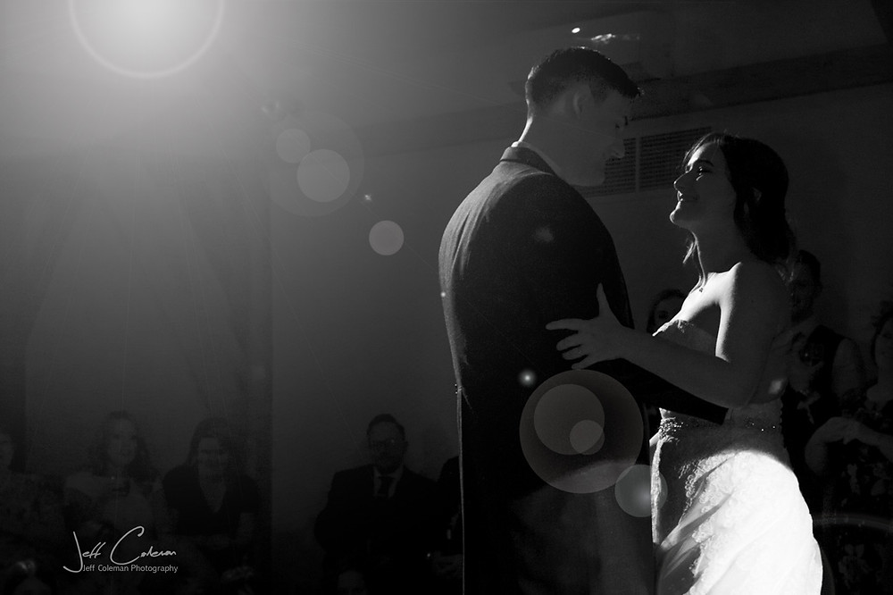 The first dance as a newly married couple....  Congratulations to Hannah & Tim, and all of the couples I've worked with.