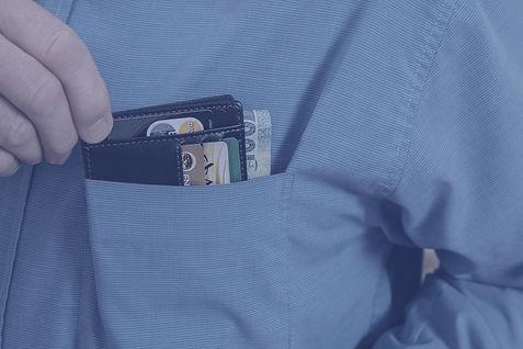 wallet-2668502_1920_edited.jpg