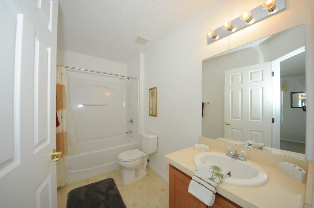 BR3 Bath