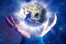 Mains autour de la planète Terre