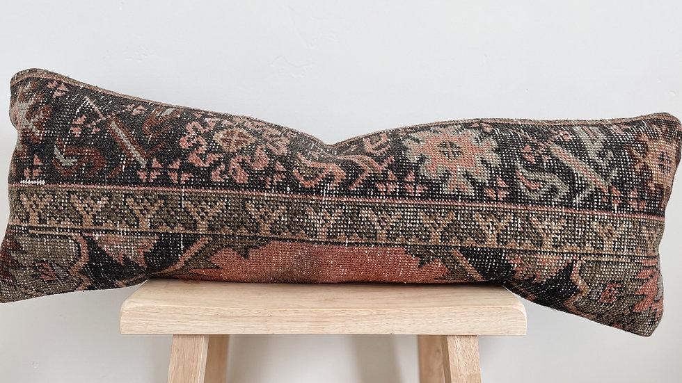Custom-Marilyn Lumbar Kilim pillow