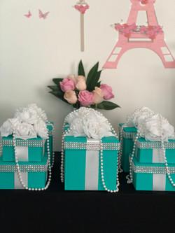 Elegant Tiffany Box Centerpiece
