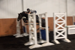 Jumping 1.40m in the chute with ease