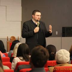 5º Encontro Paroquial deFormação de Lideranças(PalestraO Sacramento da Eucaristia).