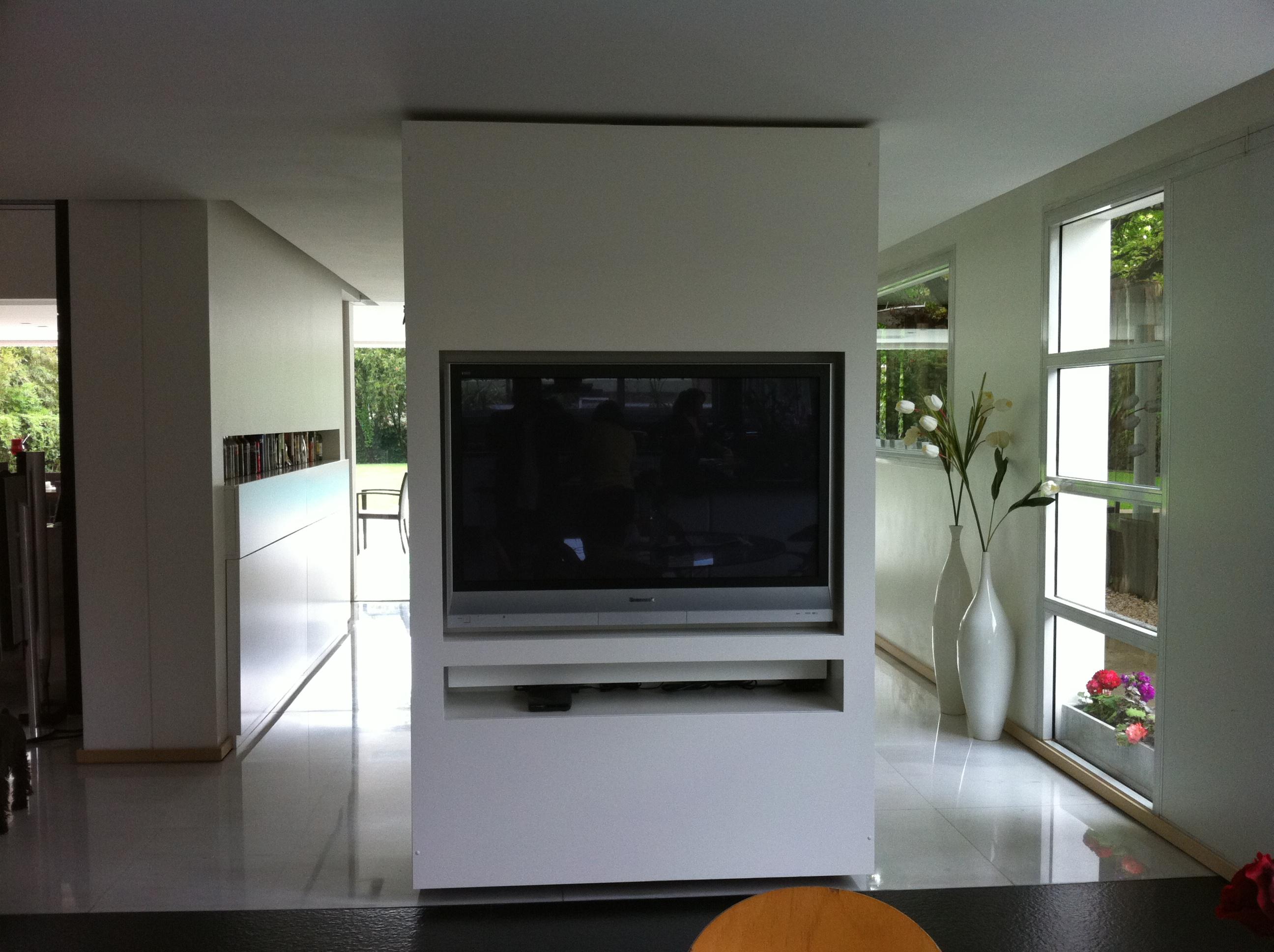Mueble Tv Giratorio.