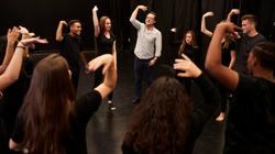 exercice-jeu-improvisation-cours-theatre