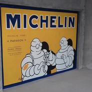 Publicité peinte Michelin