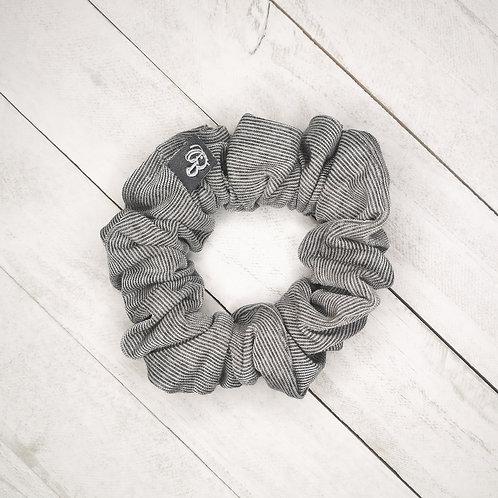B.i.scrunchies   grey variegated