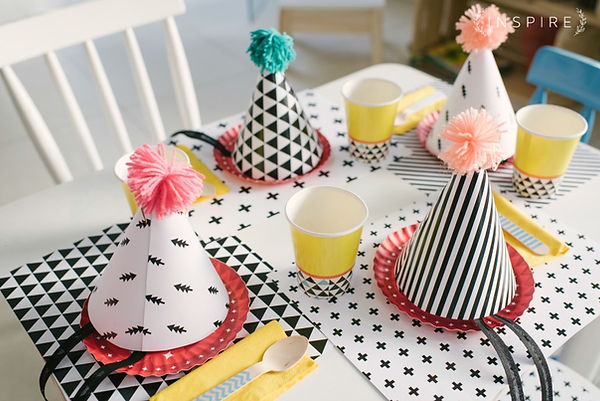 mesa kids, papelaria festa, chapeu aniersário, descartáveis criativos, descartáveis diferents, mesa posta, mesa infantil