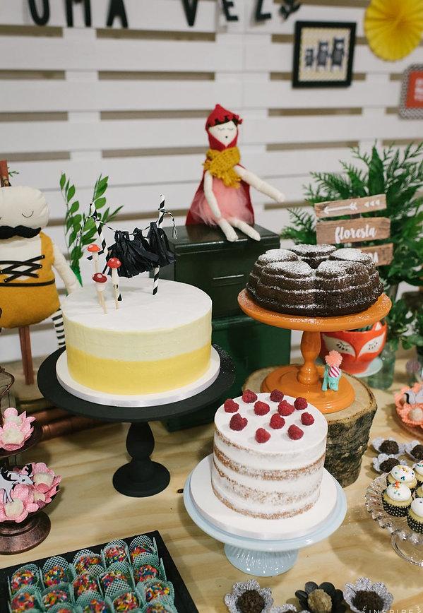 trio de bolos bolo caseiro era uma vez