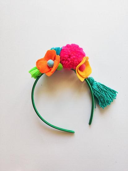 Tiara Flores e Pompons