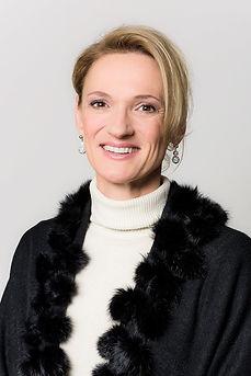 Claudia-Schlegel_Portrait_COLOR_1024px_W