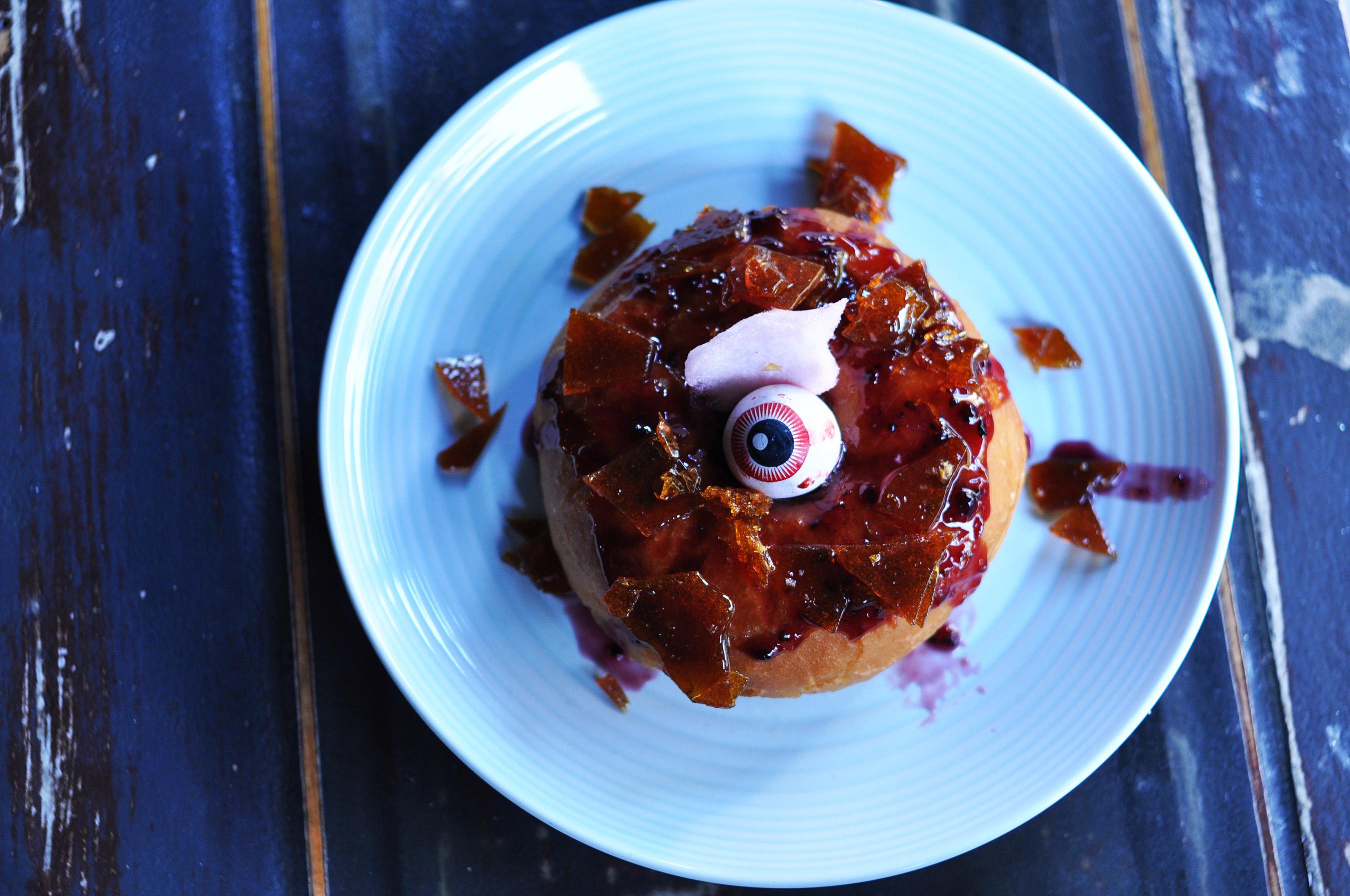 donut-caramel-eyeball-gum
