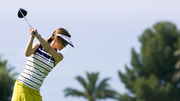 La mujer en el mundo del golf