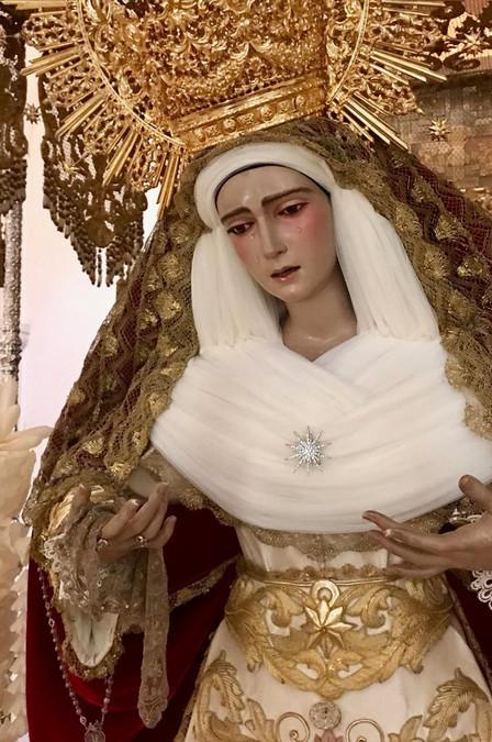 La Virgen ya vestida para la Estación de Penitencia