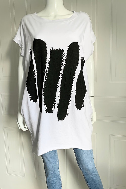 Paint stripe long T with pockets