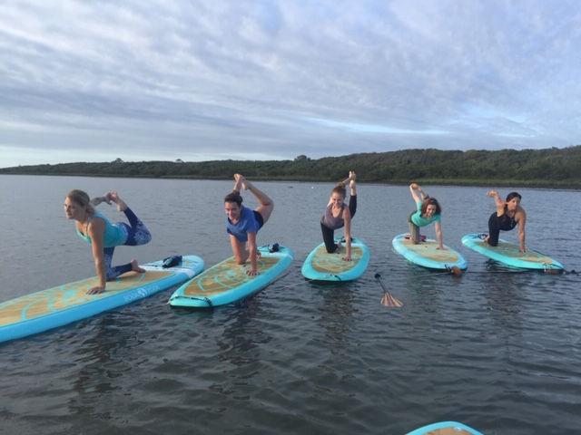 Group SUP Yoga