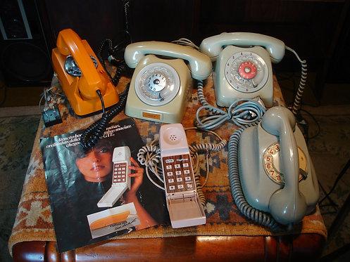 LOTE (CINCO) Telefones ANTIGOS ORIGINAIS de Fábrica