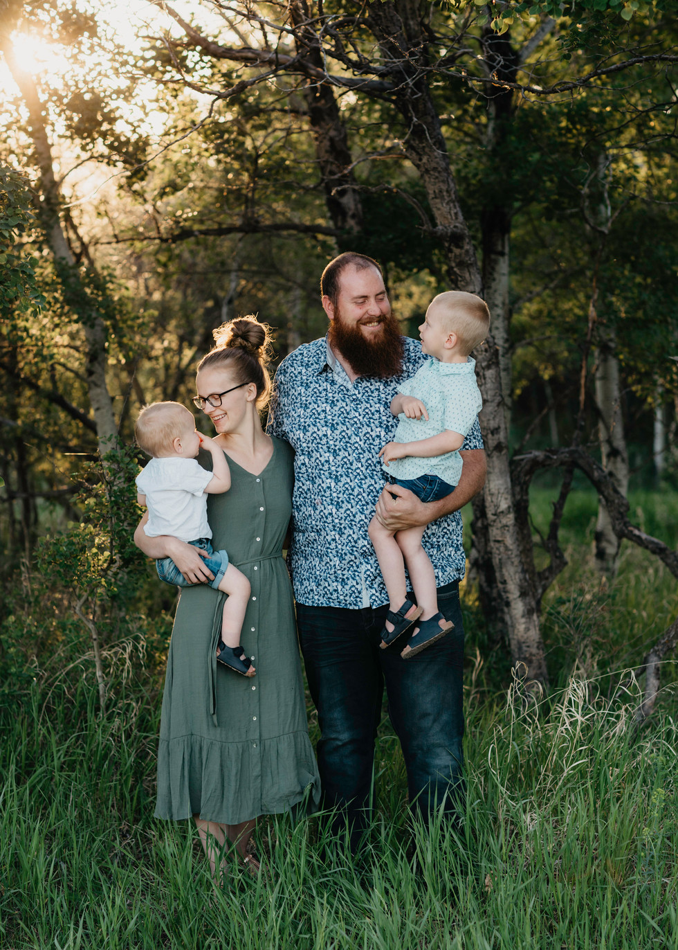 family photographer, regina, balgonie, white city, fall photos