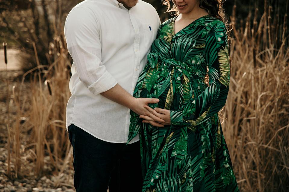 regina maternity photographer, regina photographer, maternity photos regina, balgonie, regina baby photographer