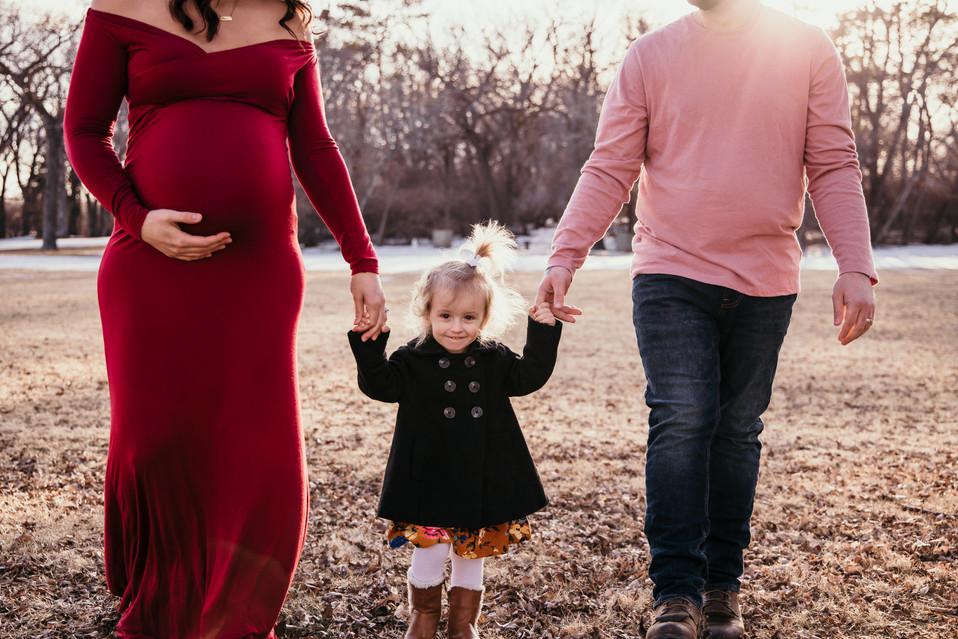 regina maternity photographer, regina photographer, saskatchewan photographer, saskatchewan maternity photos, balgonie