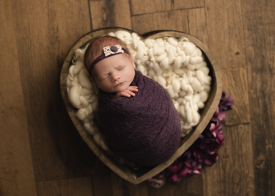 baby photos, props, baby photographer, newborn photos, studio session, balgonie, regina, white city