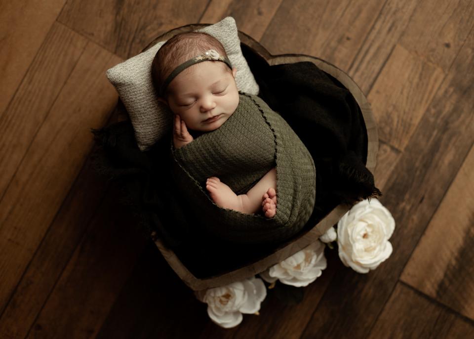 newborn props, newborn photos, baby photographers, regina, balgonie studio