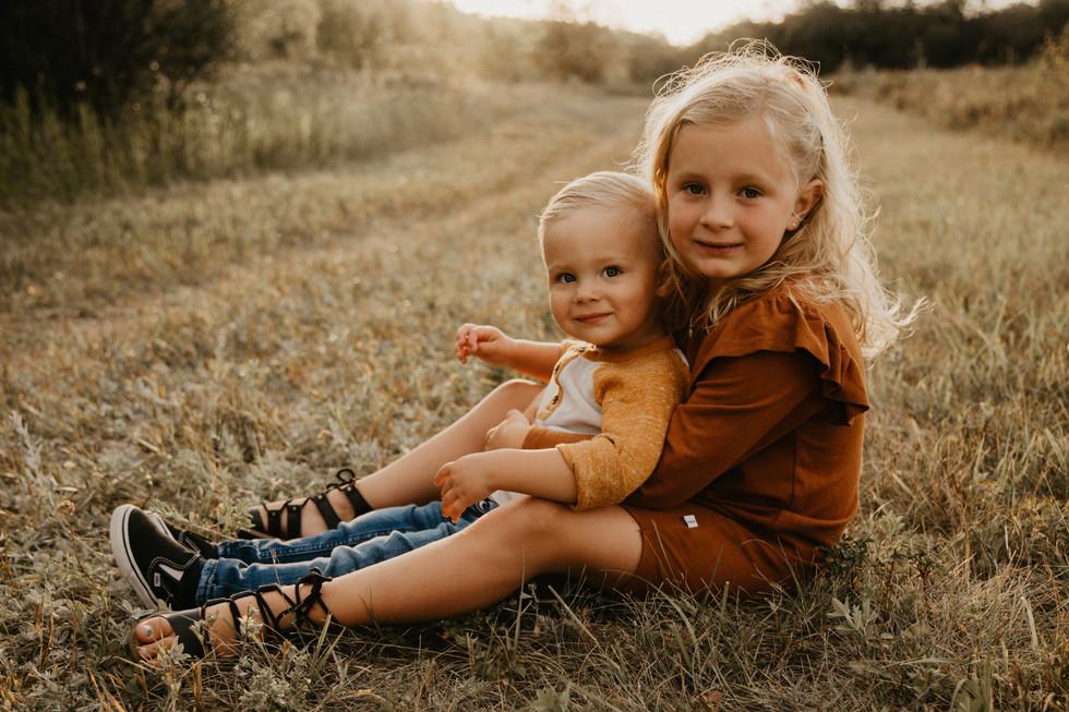 family photographer photos photography regina balgonie white city kids