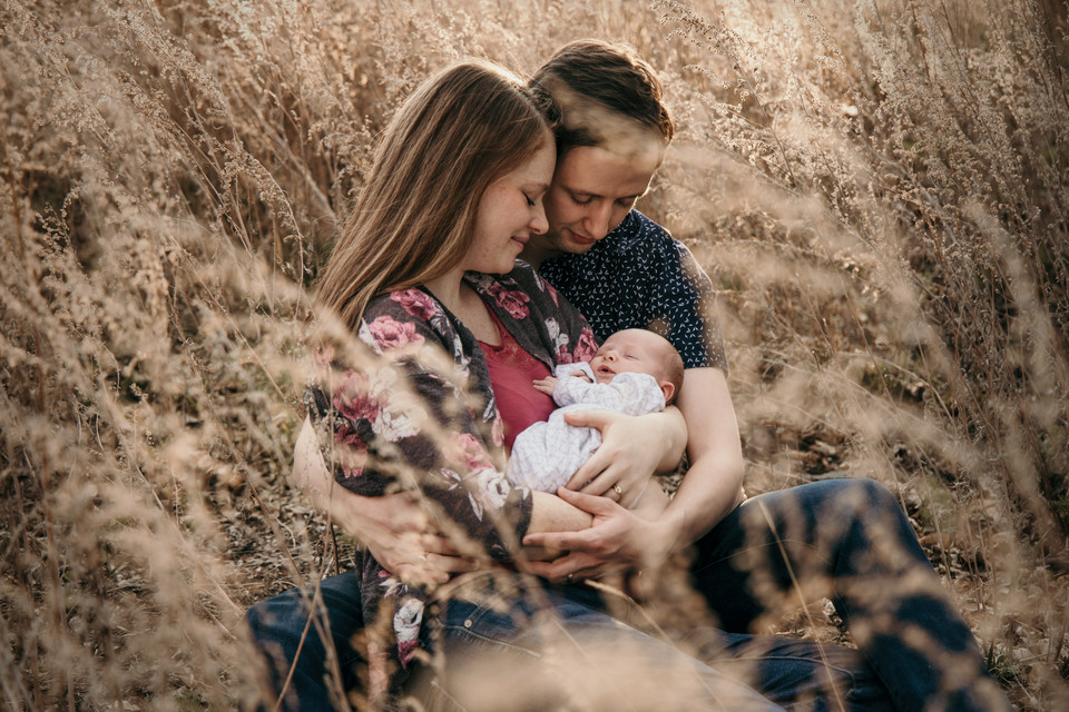 family photographer regina balgonie photos photography outdoor