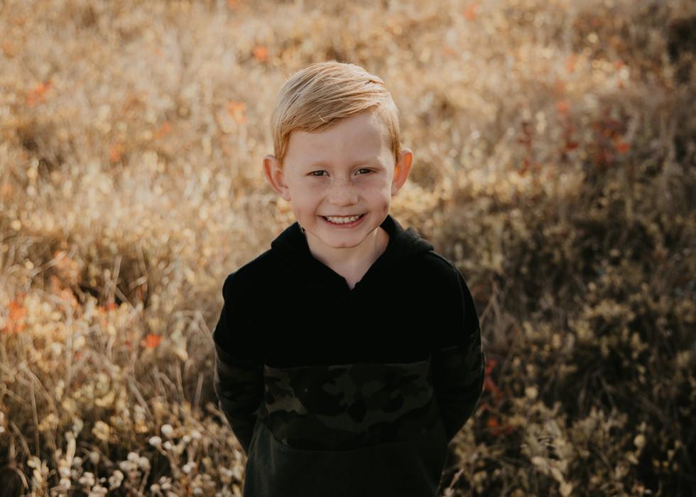 kids family photos photography photographer outdoor fall balgonie white city regina