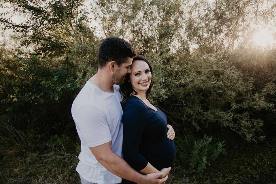 matetnity photos regina, regina photographer, maternity photography saskatchewan, newborn photographer regina