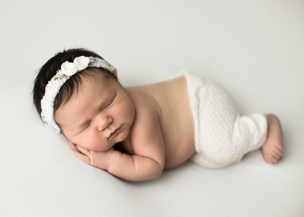 balgonie photographer, baby photos, baby photographer, regina photographer, balgoine photographer, baby posing