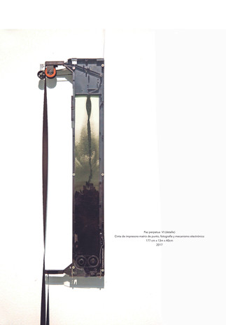 Eduard Moreno Paz perpetua VI (intalación de 6 objetos) Cinta de impresora matriz de punto, fotografía y mecanismo electrónico 117 x 13 x 40 cm c/u 2017