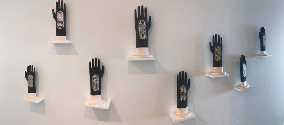 """""""Arbol de lágrimas"""". Cerámica  Instalación. 2015, Lia laboratorio, Bogotá"""