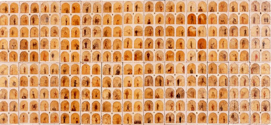 """""""Luz de America"""" Fotos y cera sobre adobe. 130 x 286 cms 1998"""