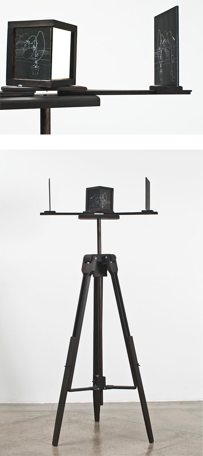 """""""Sketch"""" Impresión digital, madera, espejos, 165 x 90 cms 2008"""