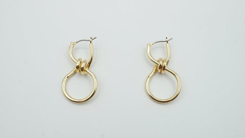 aron twist earrings