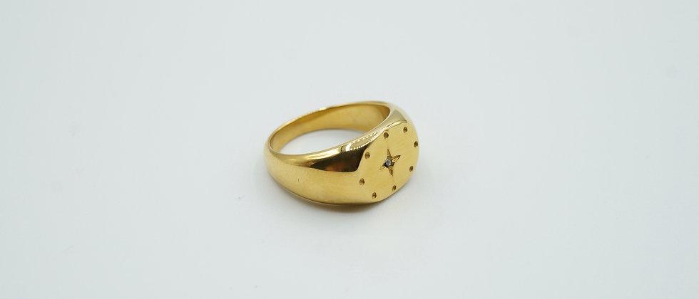 estrella signet ring