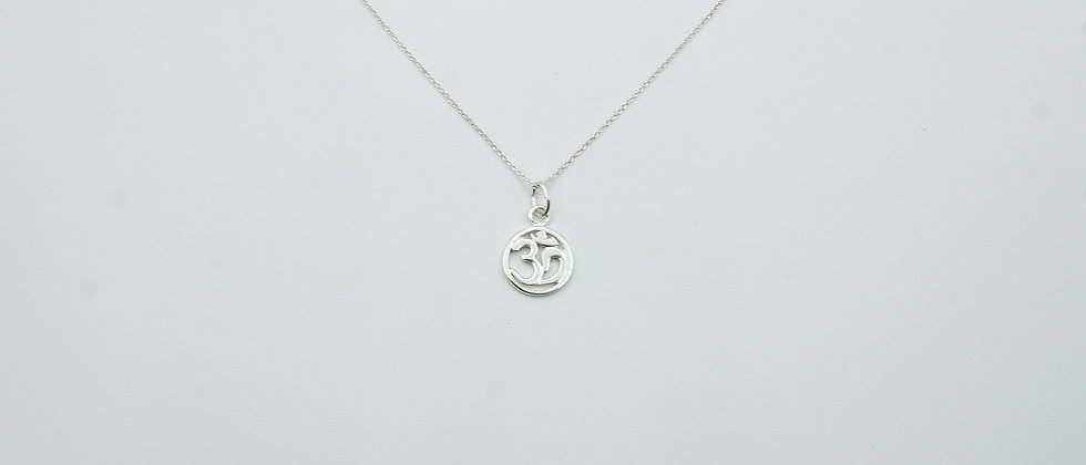 miniature 925 stirling silver ohm necklace