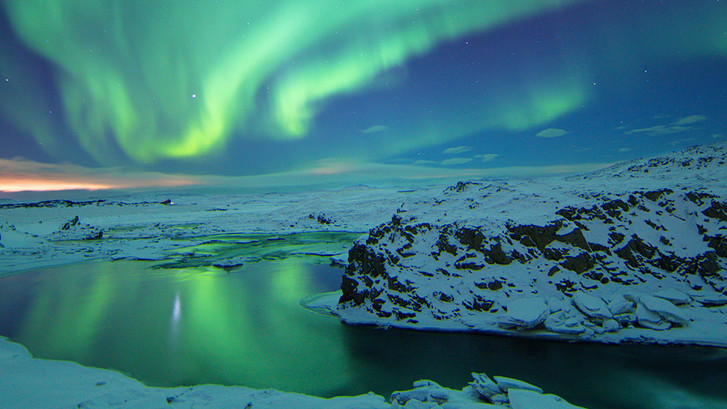Useful tips to Photograph the Northern Lights